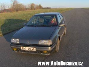 Kliknutím otevřete velkou fotografii Renault R19